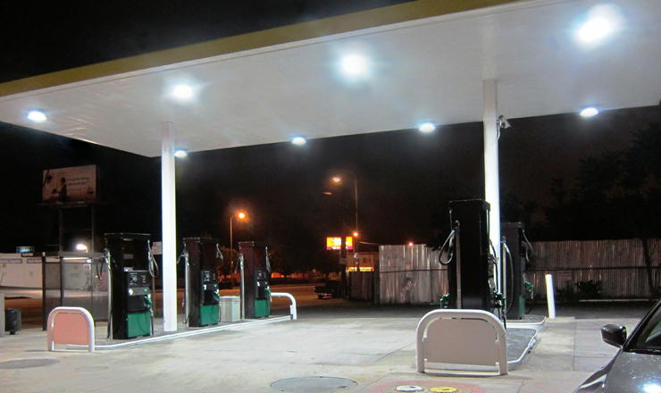 North-Hollywood-Gas-Stations---USA-01
